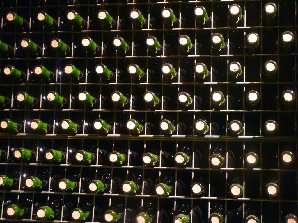 bottles-5271_1920